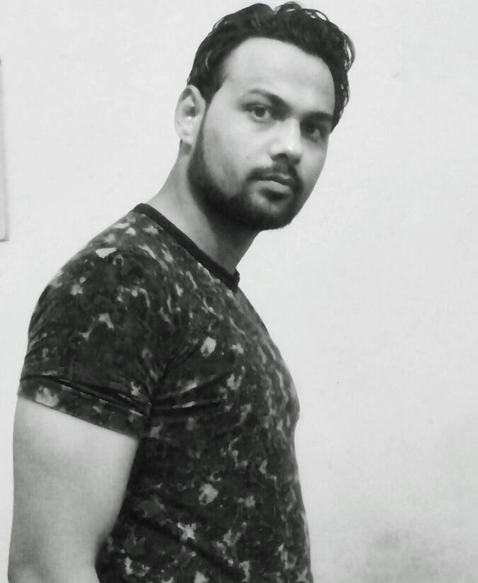 Muneer_Khan