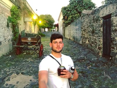 Conor vlogging whilst travelling in Uruguay, during his year abroad at Cardiff University, having lived in Argentina for 8 months.