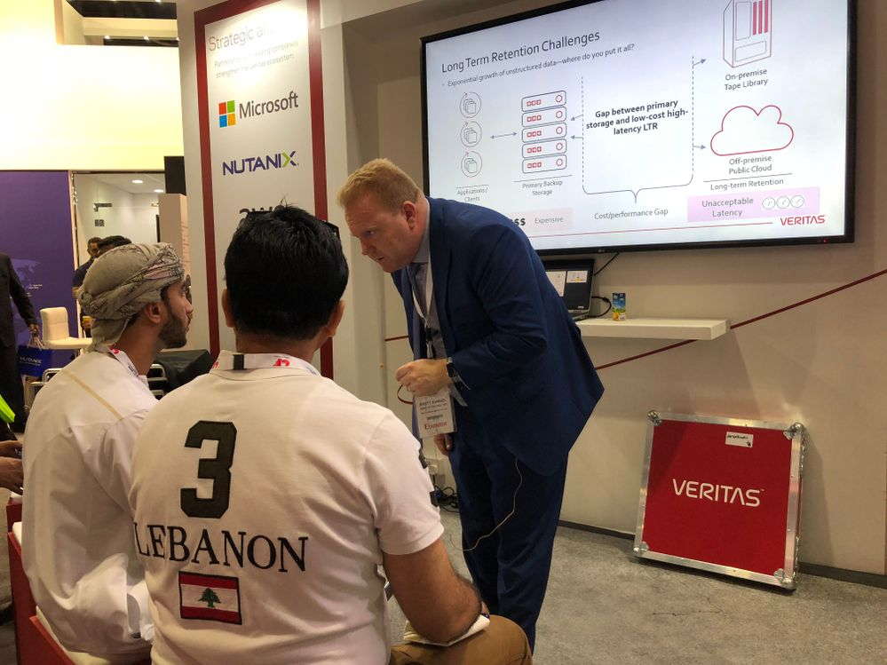 Lots of audience participation during the on stand presentations at GITEX.