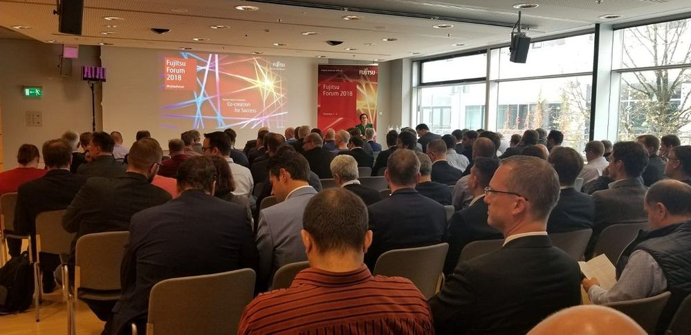 A packed house for the Veritas/Fujitsu joint presentation.