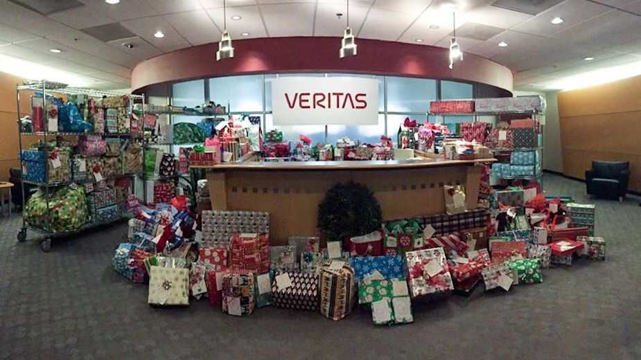 In 2017, Veritas' HRO staff donated 350 gifts to OSFCA, and plan to top last year's contribution. Go #TeamVtas!
