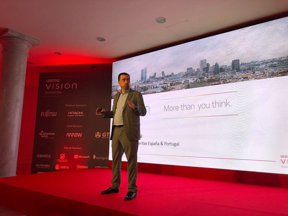 Valentin Pinuaga, Country Manager for Spain and Portugal welcomed attendees and introduced Veritas.