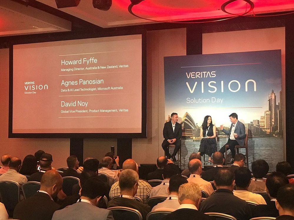 Great panel session involving Veritas Execs and IDC.
