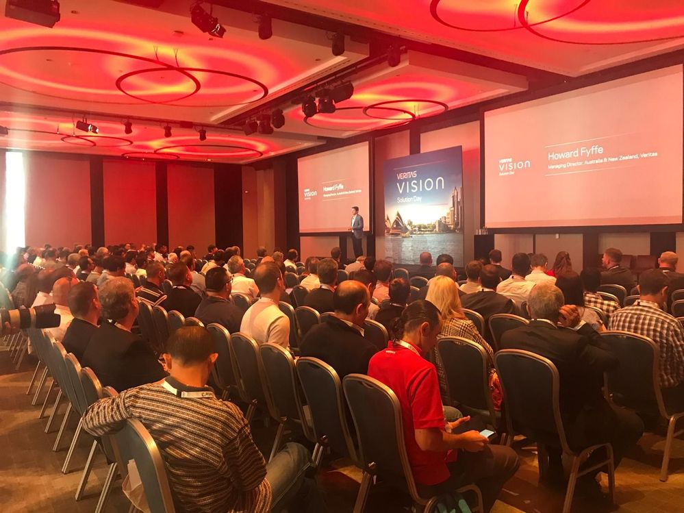 The global Vision tour continues with Howard Fyffe, MD for Australia & New Zealand at Veritas hosting the Vision Solution Day Sydney to several hundred attendees.