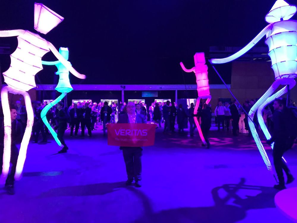 Flying the flag for Veritas at the HPE Discover 2018 closing party.